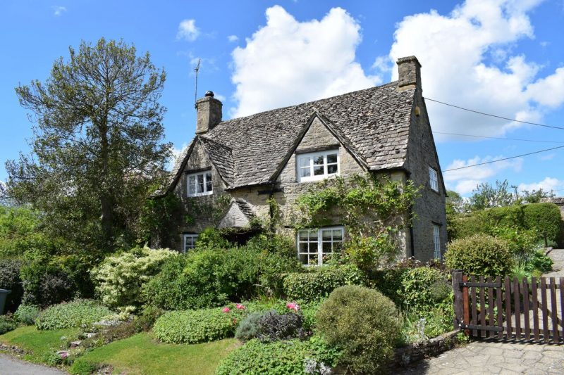 A Traditional Cotswold Cottage