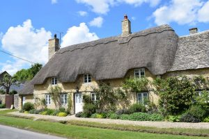 Tradtional Cotswold Thatched Roof